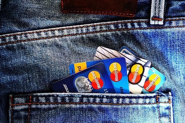 credit-card-1583534_640 (1)