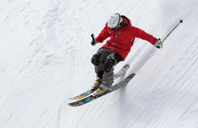 3 tips til at spare penge på skiudstyr